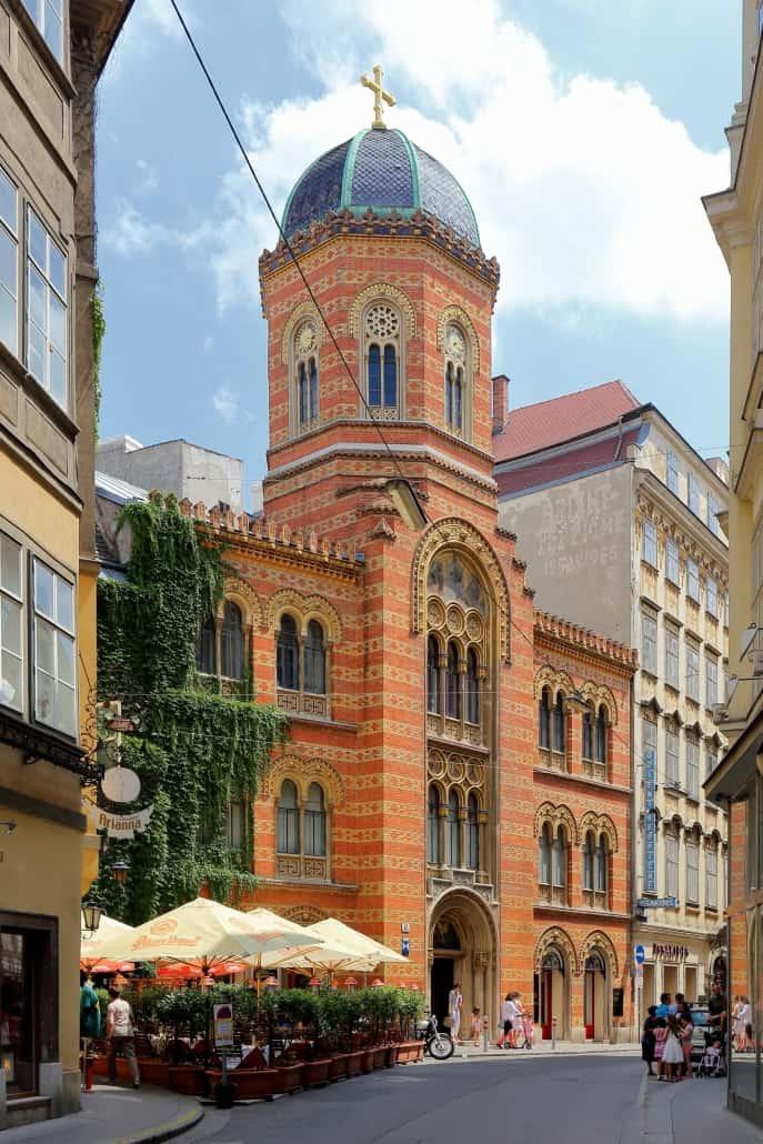 Matricula stellt Kirchenbücher der orthodoxen Kirche aus Wien online