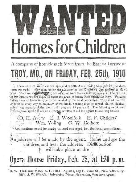 Neue Eltern gesucht: Werbezettel für die Waisen aus den Zügen