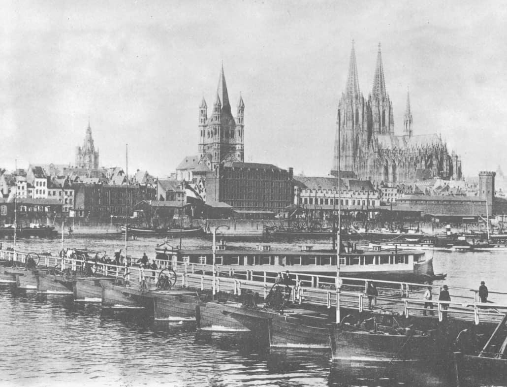 Die Deutzer Schiffbrücke gehört zur Geschichte der Straßen in und um Köln; Bild um 1892 aus: https://altes-koeln.topothek.de